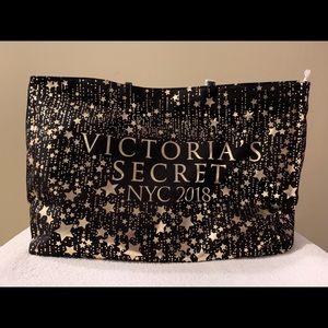 VICTORIA'S SECRET Tote Bag NWT
